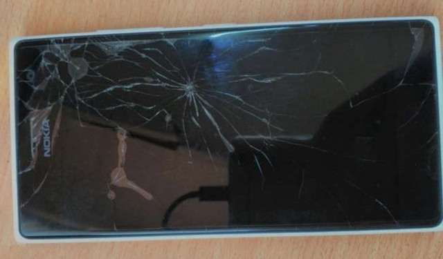 71379119_5_1000x700_nokia-lumia-730-dual-sim-white-broken-screen-gujarat